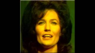 Watch Loretta Lynn I Dont Believe Ill Fall In Love Today video
