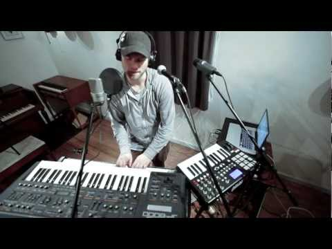 Chameleon - looping with Ableton Live and VoiceLive Play