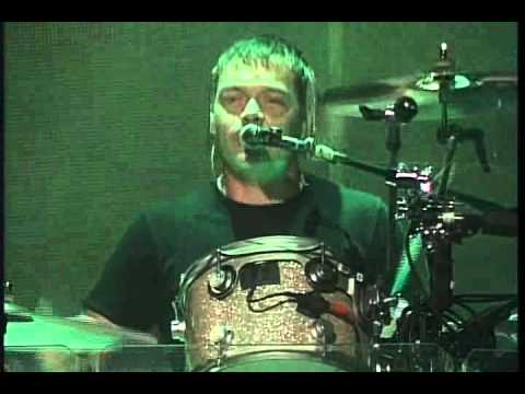 3DOORS DOWNKryptonite2009 LiVE @ Gilford