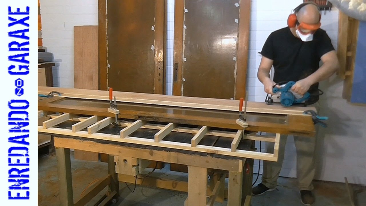 How to reclaim wood from old doors & How to reclaim wood from old doors - YouTube