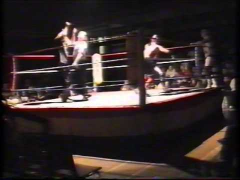 Jake 'The Snake' Roberts & Muscles Mansfield vs. Majik & Jon Ryan - NWA-UK Hammerlock (25.10.02)