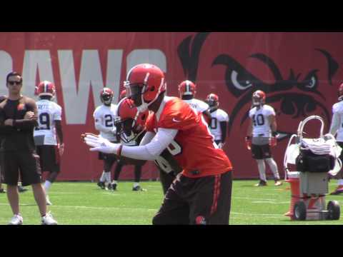 Robert Griffin III making huge strides says Cleveland Browns Hue Jackson