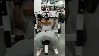 Muscle work fitness. 225 reverse bench press
