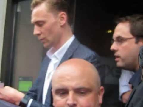 Tom hiddleston - Much Ado about nothing premiere