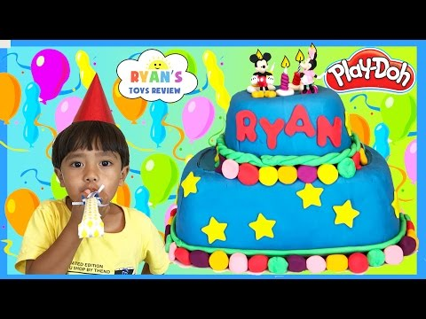 PLAY DOH CAKE Happy Birthday Chocolate Surprise Eggs!!