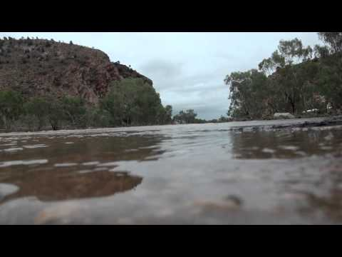 TODD RIVER FLOWING FROM HEAVITREE GAP00153