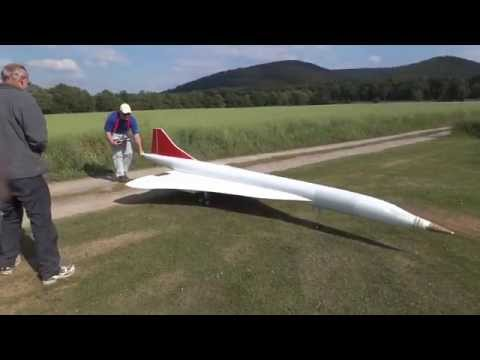 MCG KlausH - Concorde Maiden Flight - Erstflug - Best Landing - FullHD.mp4