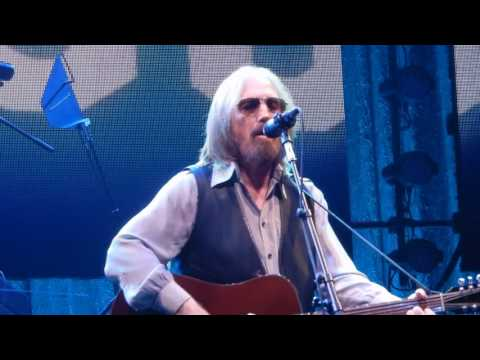 Tom Petty and the Heartbreakers.....Into The Great Wide Open.....7/21/17.....Boston