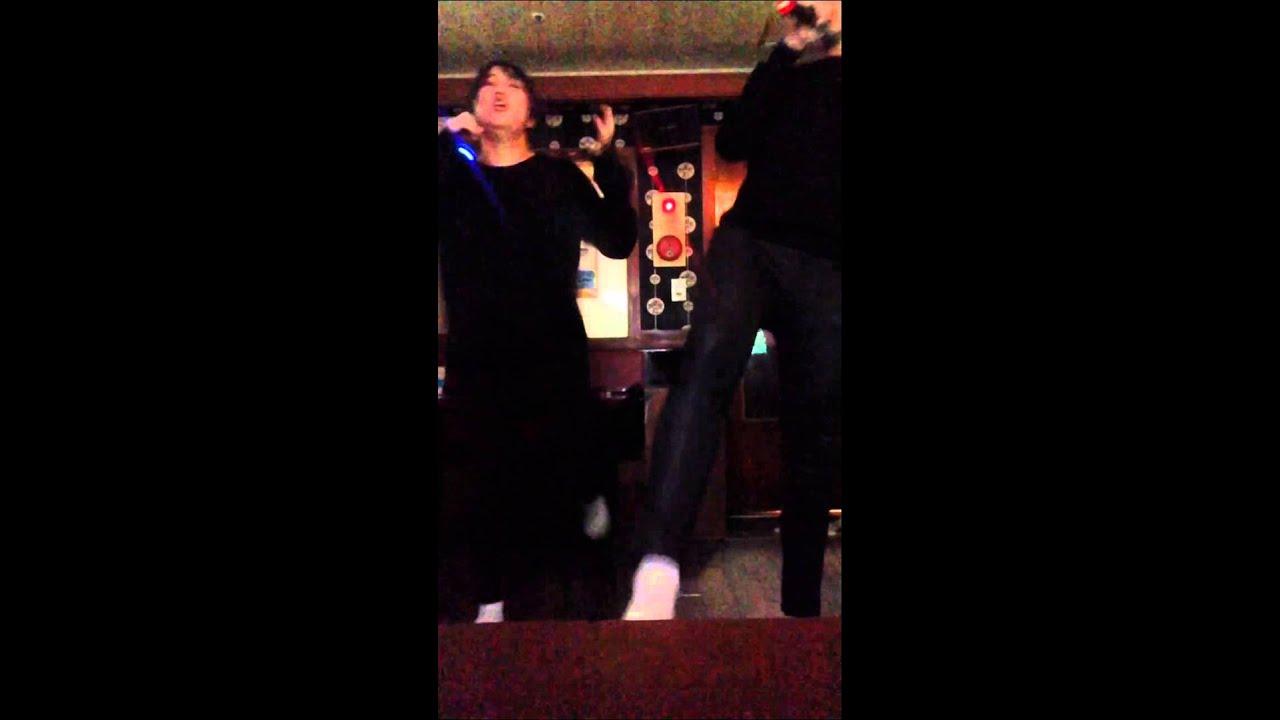 술먹고.남자친구랑.노래방에서