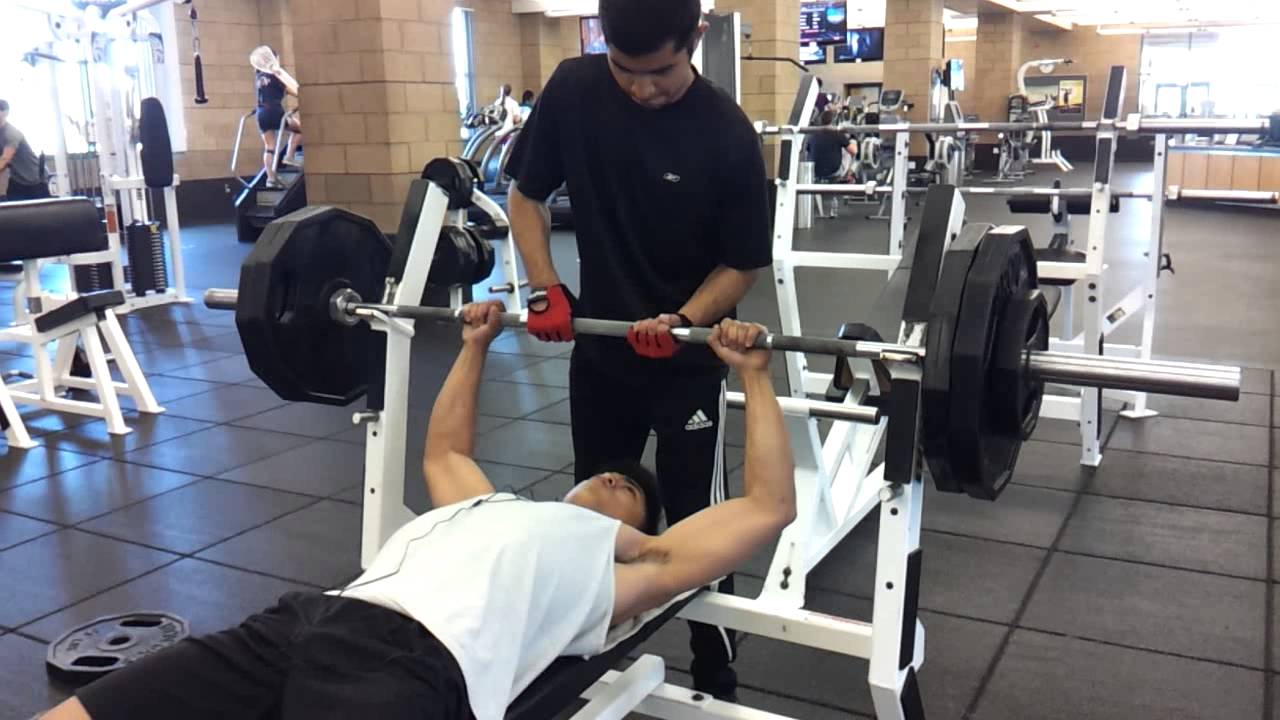 How To Bench 225 Part - 17: Maxing Out On Bench 225, 245 - Week 4 Layne Norton PHAT