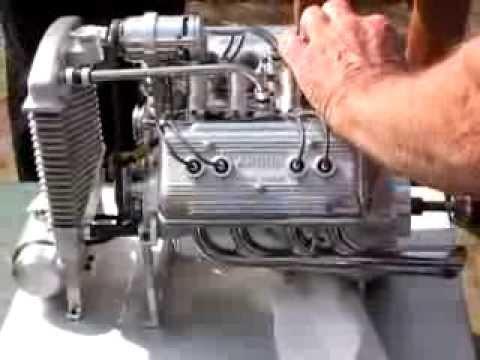 V8 Modellbau Motor - YouTube