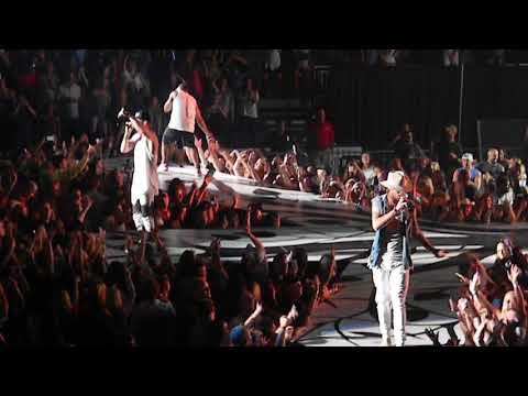 """Florida Georgia Line- Smooth Tour 2017 """"Cruise Ft. Nelly"""" (LIVE In Jacksonville FL)"""