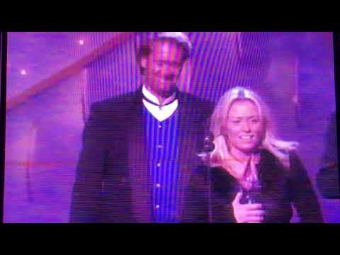Deana Carter Wins Single of the year 1997