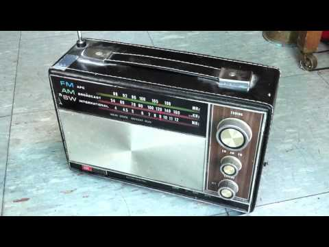Ross Electronics Corp  Radio model Ve 1933- Vintage 60's - Review
