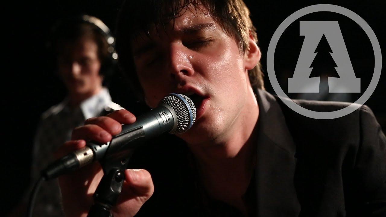 Muuy Biien - Dead Weight   Audiotree Live