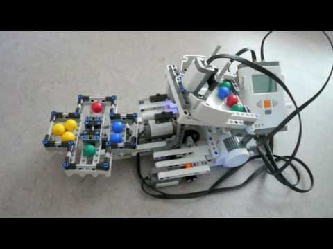 LEGO NXT 2.0 Color Sorter - YouTube