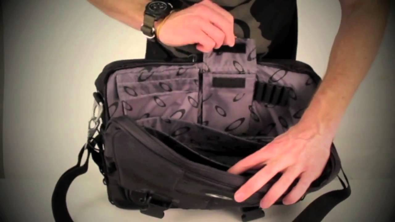 Oakley Computer Bag 2 0 You