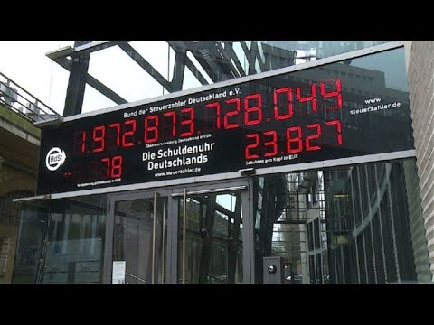 German 'debt clock' counts down for first time in 22 years