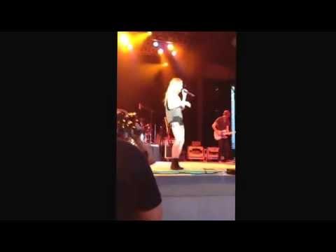 Danielle Bradbery Set Fire to the rain July 22 2014 yes i saw her