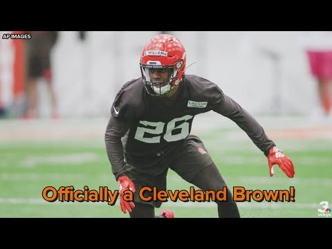 None - Browns' Williams Signs Rookie Contract