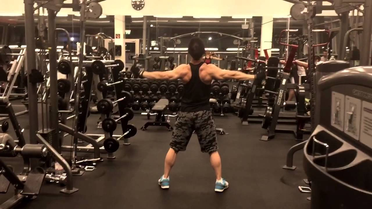 Overhead rear delt cable flyes - YouTube