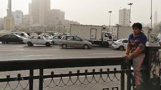 مصر تحيي الذكرى الخامسة للثورة وسط تشديد أمني مكثف عبر أرجاء البلاد . .