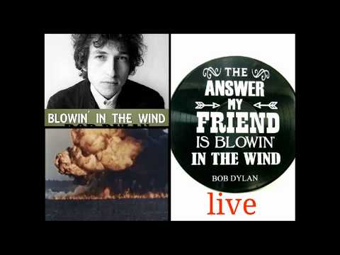 BOB DYLAN live - BLOWIN' IN THE WIND - (footage of Vietnam War)