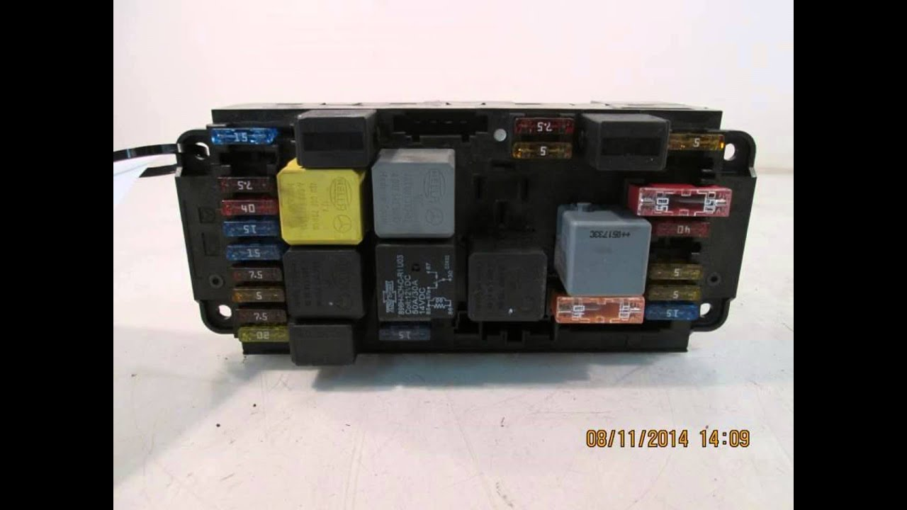Mercedes C200 W204 Fuse Box Location : Mercedes c sam relay fuse box oem