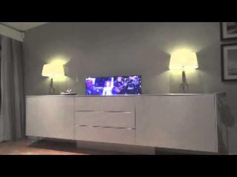 Uitschuifbaar Tv Meubel Borre.Electrische Tv En Pc Meubel
