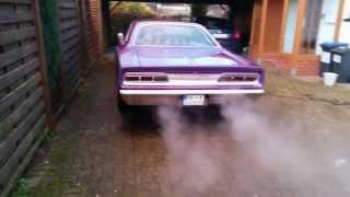 Dodge Coronet 440 idling