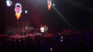 Элджей–Hey Guys live Премия VK Music Awards
