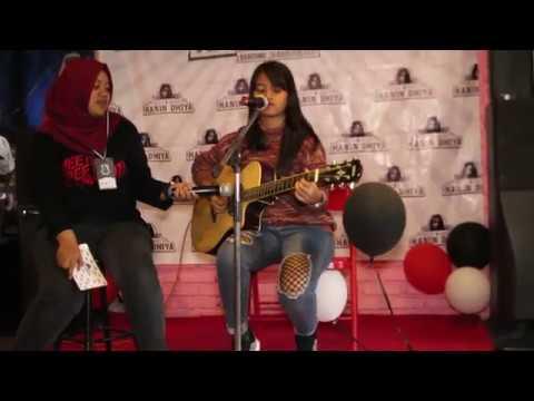 Meet n Greet Hanindhiya Bandung | Surat Cinta Untuk Starla  -Virgoun Cover by Hanindhiya