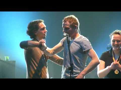 belle-and-sebastian-the-boy-with-the-arab-strap-live-alcatraz-milano-14042011-h4rlock