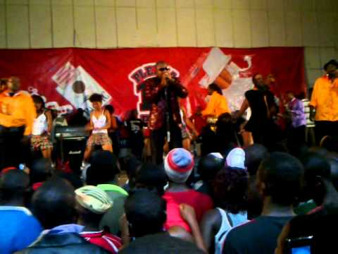 Energy Mutodi at New Years Eve show at Aquatic Complex