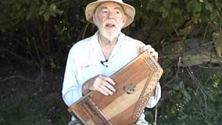 Innovative autoharp player