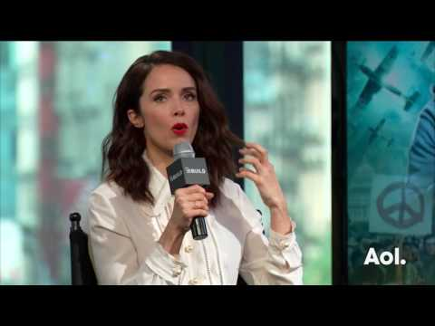 """Abigail Spencer Discusses Her NBC Show, """"Timeless"""" 