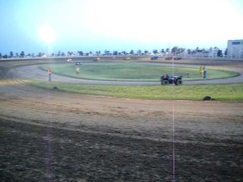 20100523_10.MOV   Races at Airport Raceway May 22 2010