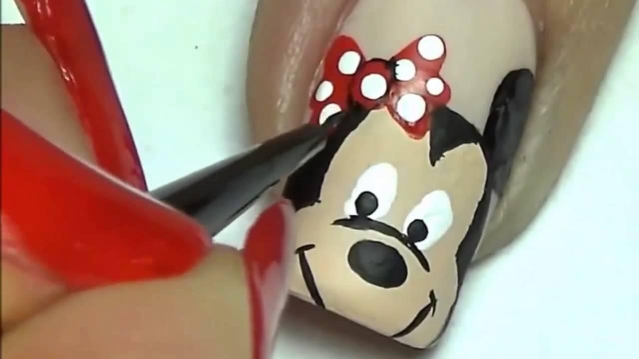 Vẽ móng hình chuột mickey đẹp hết sẩy