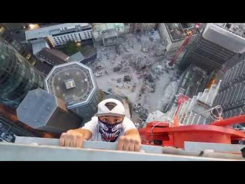 Roofing 245 METER Crane Frankfurt