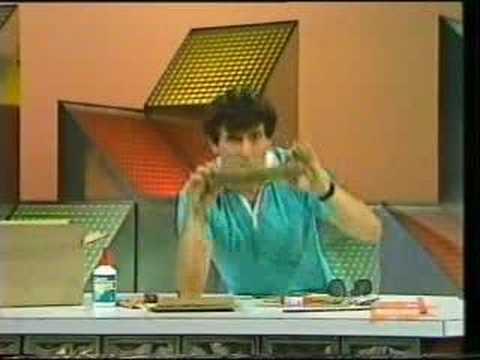 the-curiosity-show:-corrugated-cardboard-glasses