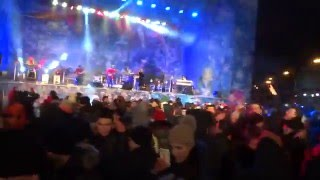 'I Will Survive' на Новогодней площади Свободы в Харькове 01.01.2016