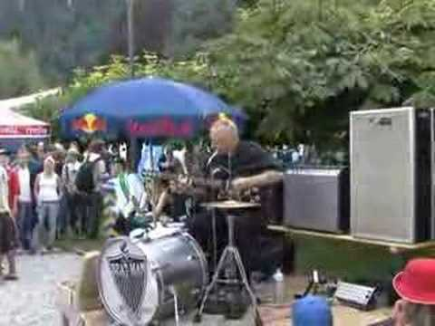 Reverend Beat-Man live at Lakeside 07