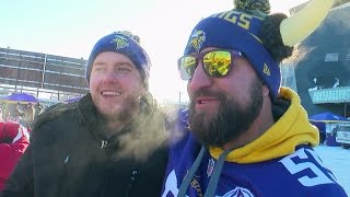Vikings Fans Tailgate Despite Bitter Cold, wind Chills