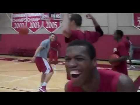 Blake Griffin DUNKS ON A COLLEGE KID !!!!!