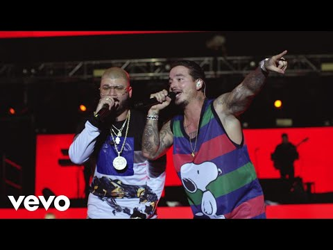J Balvin - 6 A.M. (Live At The Centro De Eventos / 2017) ft. Farruko