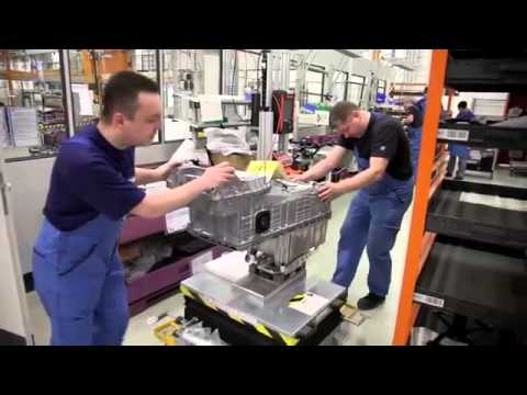 BMW Motorrad Berlin plant: assembly of the C evolution