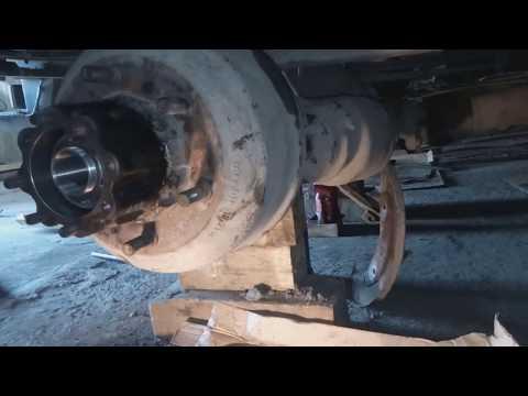 Замена тормозных колодок Mercedes-benz 814 Часть II из II Частей.  Сборка