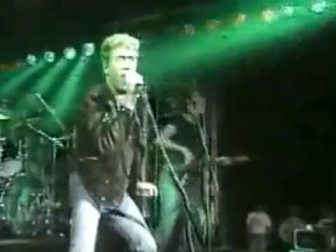 Roger Daltrey Under a raging moon live 1985
