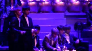 161202 BTS focus reaction to ZICO - BERMUDA TRIANGLE(Feat. Crush,DEAN) [MAMA 2016](HD) fancam