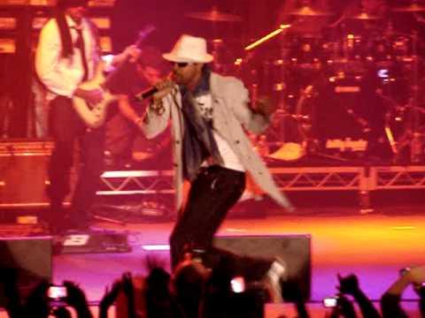 Shaggy - Long Time / Bonafide Girl - live at RaggaMuffin 2010 (Melbourne, Australia)